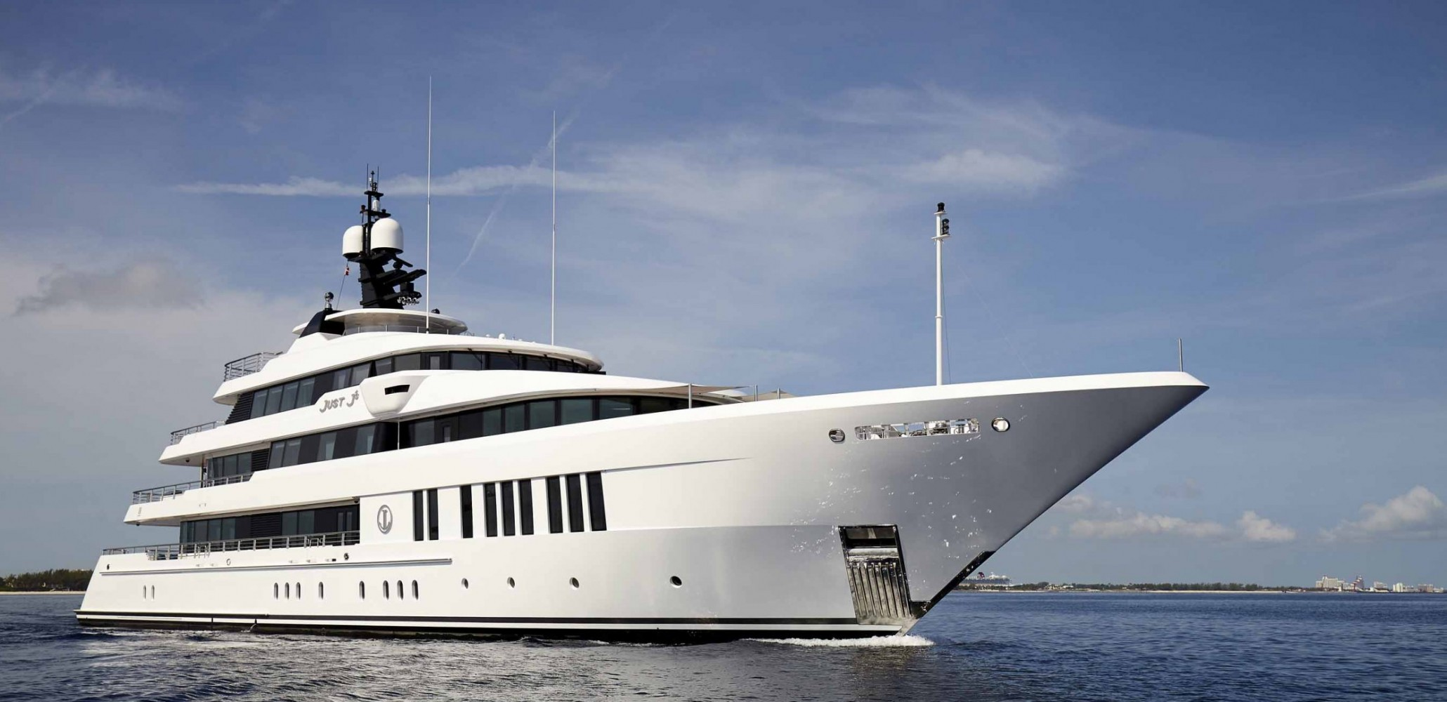 hakvoort shipyards  we know what it takes to build great yachts